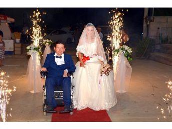 Fethiye'de Engelsiz Bir Aşk Hikayesi Mutlu Sonla Noktalandı