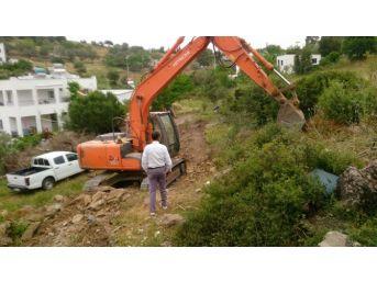 Milas'ta Kırsal Mahallelere Hizmet Sürüyor