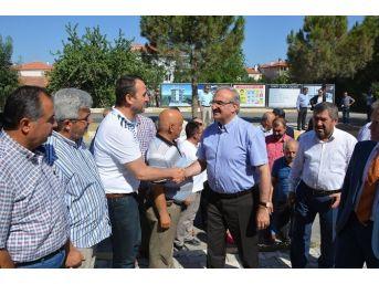 Dışişleri Bakanı Çavuşoğlu, Ağaroğlu Ailesine Taziyede Bulundu