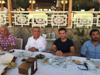 Kuşadasıspor Yönetimi, Başkan Kayalı'yla Yemekte Buluştu