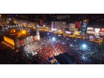 Demokrasi Nöbetinin Kalesi Erzurum Kıyamda