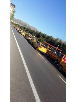 Taksilerin Demokrasi Konvoyu
