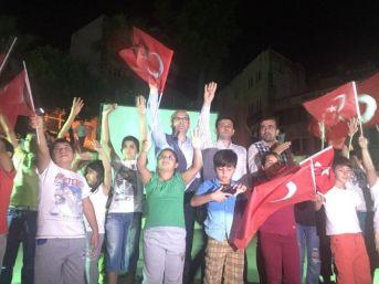 Aliağa'da Halk Demokrasi Nöbetinde