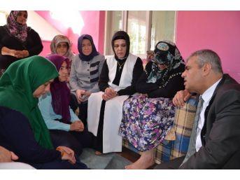 Başbakan Yardımcısı Veysi Kaynak, Şehit Ailesini Ziyaret Etti