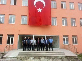 Rektör Aydın, Azdavay Meslek Yüksekokulu Kampusu'nu İnceledi