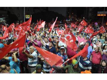 Mersin'de Darbe Girişiminin 1. Haftasında Demokrasi Yürüyüşü