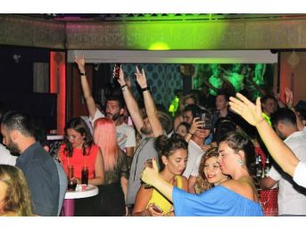 Bodrum Geceleri Türkiyem Şarkısıyla İnledi