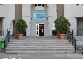 Niğde'de Fetö'ye Ait Okulları Milli Emlak'a Devredildi