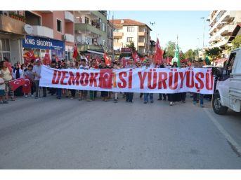 Sapanca'da Demokrasi Yürüyüşü