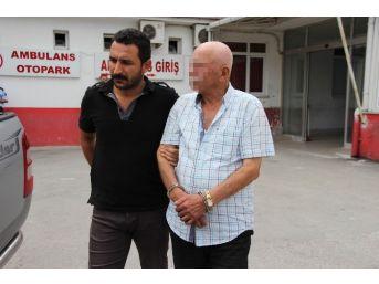 74 Yaşındaki Adam Saksıda Hint Keneviri Yetiştirdi