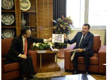 Bakan Tüfenkci, Japonya'nın Türkiye Büyükelçisi Oka'yı Kabul Etti