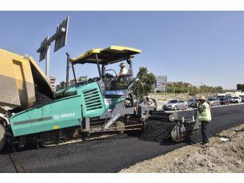 Büyükşehir'den Yol Ve Asfalt Çalışması