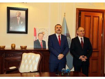 Gazi Üniversitesi'nin Yeni Rektörü Prof. Dr. İbrahim Uslan Oldu
