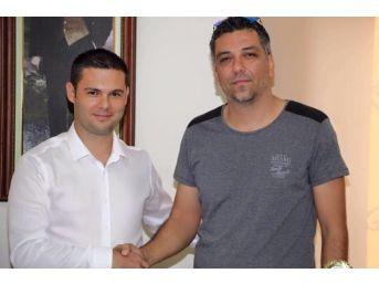 Kuşadası Gençlikspor Teknik Direktörlüğüne Özer Erdem Getirildi