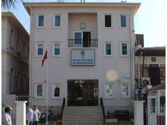 Kuşadası Terörle Mücadele Büro Amiri Gözaltına Alındı