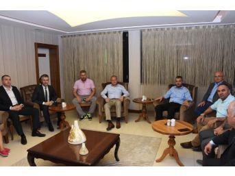 Başkan Keleş, Meclis Üyeleri İle Bir Araya Geldi