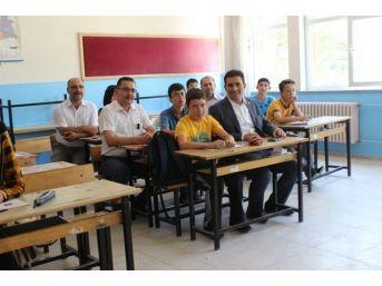 Kaymakamı Irgatoğlu Okulları Gezdi