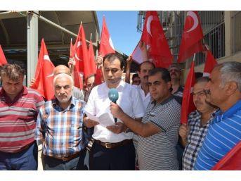 Esnaf Ve Vatandaşlara Türk Bayrağı Dağıtıldı