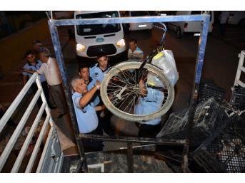 Mersin Büyükşehir Belediyesi Zabıtasından Kağıt Toplayıcılarına Operasyon