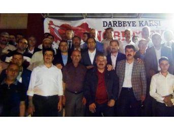 Gümrük Ve Ticaret Bakan Yardımcısı Çiftci, Erciş'te Demokrasi Nöbetine Katıldı