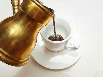 Kanserle Savaşmak İçin Türk Kahvesi İçin
