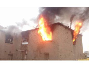 Yenipınar Köyünde Korkutan Yangın