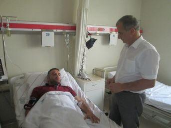Doktor Hasta Yakınının Saldırısına Uğradı
