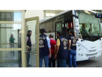 Uşak'ta Fetö'den Kişi 4 Tutuklandı