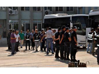 Aydın'da 385 Kişi Tutuklandı, 1019 Personel Görevden Uzaklaştırıldı