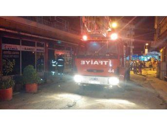İş Yerinde Gece Çıkan Yangın Korkuttu