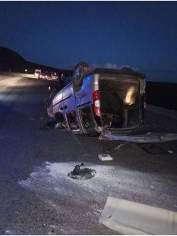 Ardahan'da Trafik Kazası 1 Ölü, 1 Yaralı