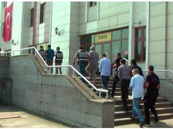 Düzce'de Adliyeye Sevk Edilen 9 Kamu Görevlisi Tutuklandı