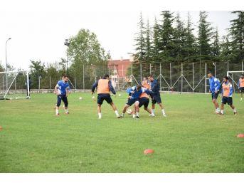 Başkan Babaş, Kastamonuspor'un Antrenmanını Ziyaret Etti
