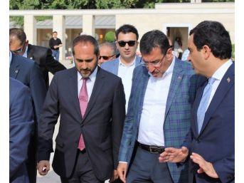 """Bakan Tüfenkci: """"toplumun Bel Kemiği Esnaf Büyüdükçe, Türkiye De Büyüyecek"""