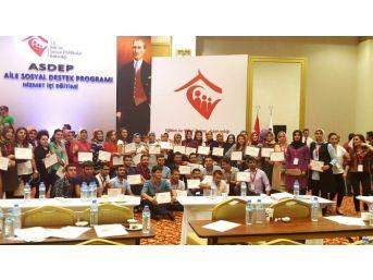 Şanlıurfa'dan Eğitime Katılan 70 Asdep Personeli Sertifikalarını Aldı