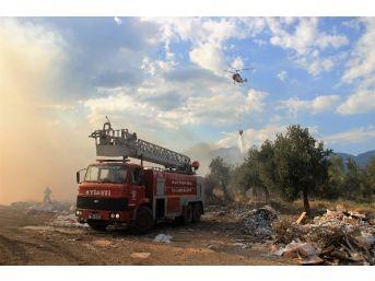 Çöplük Yangınına Havadan Müdahale Edildi