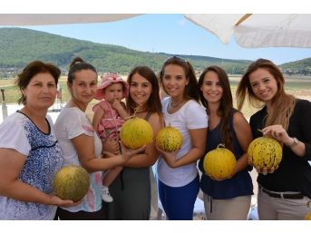 Urla'da Mis Kokulu Kavun Festivali