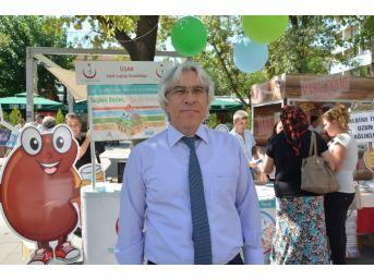Uşak'ta Halk Sağlığı Haftası Bilgilendirmeleri Sürüyor