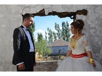 Yıkıntılar Arasında Düğün