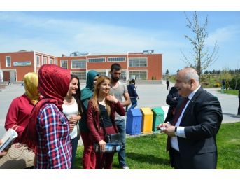 Adıyaman Üniversitesi 21 Bin 322 Öğrenci Ders Başı Yaptı
