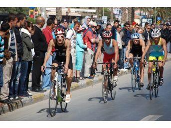 Triatlon Finali Kuşadası'nda