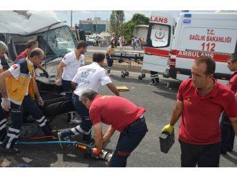 Diyarbakır'da Feci Kaza: 1 Ölü, 7 Yaralı