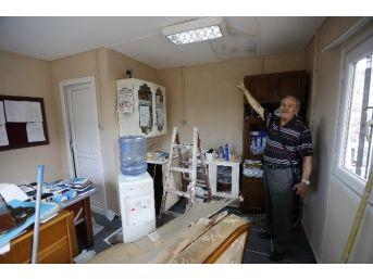 Hırsızlık Mağduru Muhtarın Ofisi Yenilendi