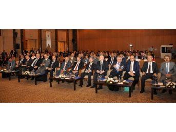 Konya'da 2. Uluslararası Uygulamalı Bilimler Kongresi Başladı