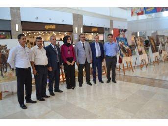 Osmaniyeli Ressam İlk Sergisini Açtı