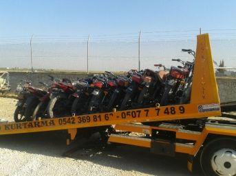 Şanlıurfa'da Çalıntı 13 Motosiklet Ele Geçirildi