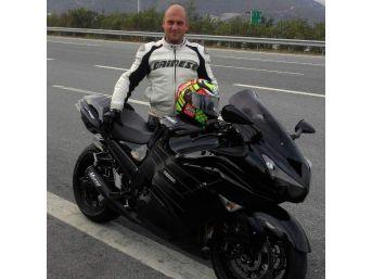 Yalova'da Motosiklet Kamyona Çarptı: 1 Ölü