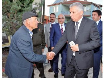 Vali Yıldırım Şehit Piyade Uzman Çavuş Mehmet Esen'in Mevlit Programına Katıldı