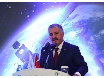 """Bakan Arslan: """"dünyadaki Dostlarımız 15 Temmuz'u Başlangıçta Anlayamadılar"""""""