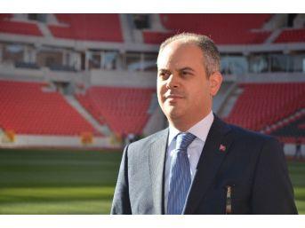 Bakan Kılıç Eskişehirspor'un Yeni Stadını Ve Yurtları Gezdi